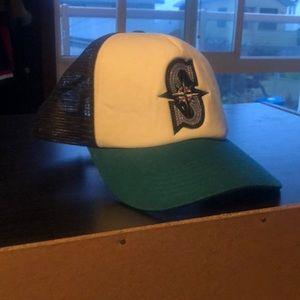 Women's mariners baseball hat